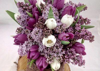 svatební kytice s šeříkem a tulipánem 2