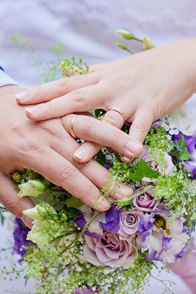 svatební kytice se eustomou