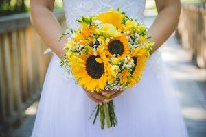 Slunečnicová svatební kytice