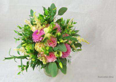 svatební_kytice_růže_jiřiny_2