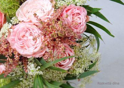 svatební_kytice_růžová_růže