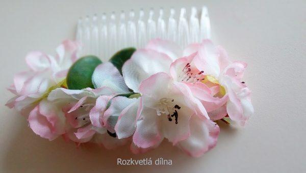 Květinový hřebínek - jabloňové květy