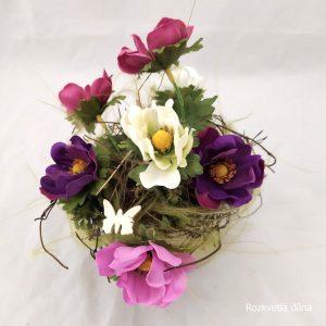 Jarní dekorace sasanky